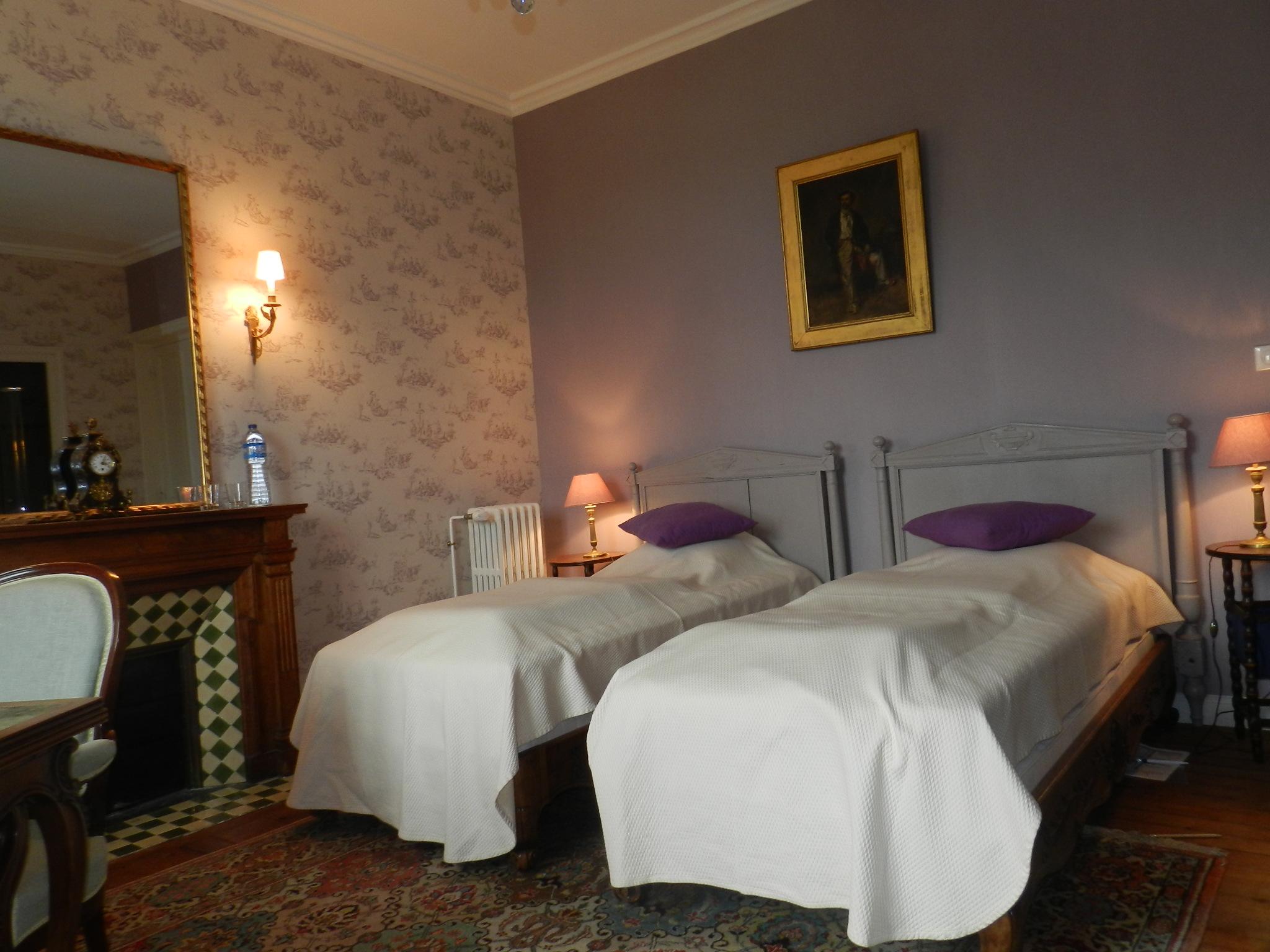Best chambre mauve et beige images for Chambre mauve et beige